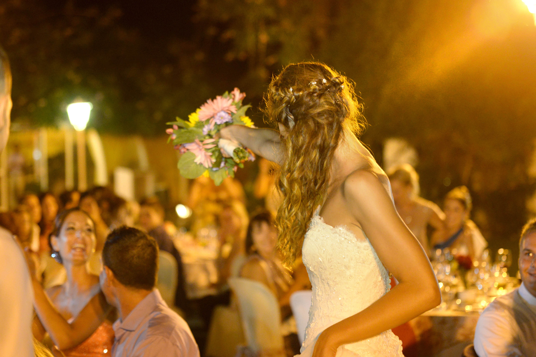 fotos entrega ramo de novia