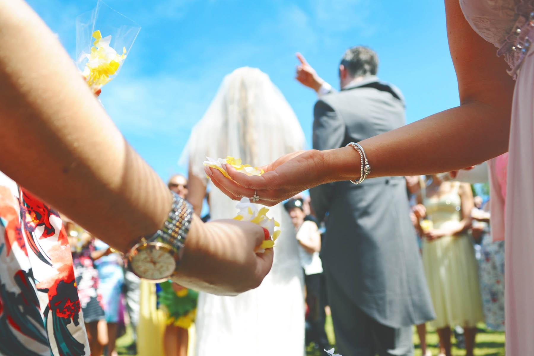 sotogrande fotos confeti boda